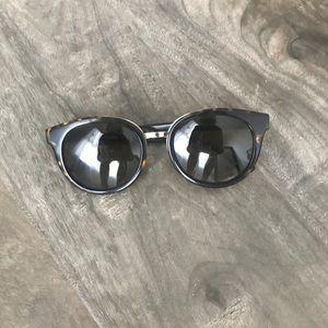 Tory Burch Sunglasses Brown Tortoise